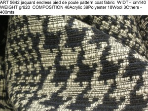 ART 5642 jaquard endless pied de poule pattern coat fabric WIDTH cm140 WEIGHT gr620 COMPOSITION 40Acrylic 39Polyester 18Wool 3Others - 400mts