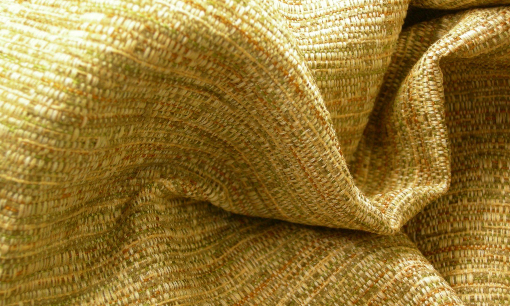 ART 7157 shantung chanel jacket vest fabric WIDTH cm140 WEIGHT gr500 COMPOSITION 42 viscose 41 polyester 17 cotton - 100mts