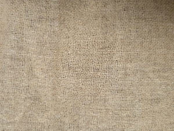 ART 7487 WIDTH cm140 WEIGHT gr140 - gr100 square meter - COMPOSITION 70 viscose 30 wool - 1900mts