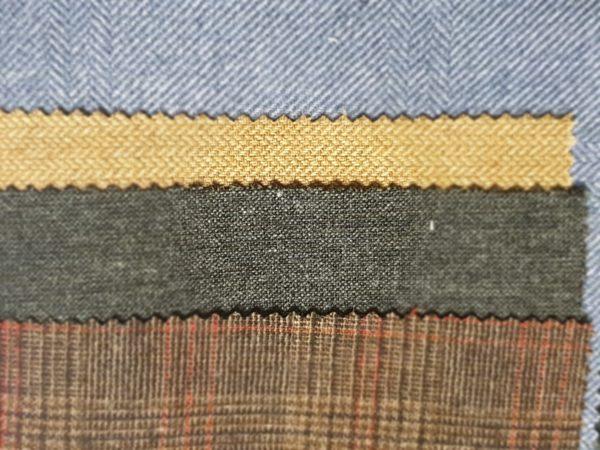 ART 7498 WIDTH cm140 WEIGHT gr300 - gr214 square meter - COMPOSITION 69 viscose 30 wool 1 elastan - red 750mts – black 250mts – beige 550mts – blue 350mts