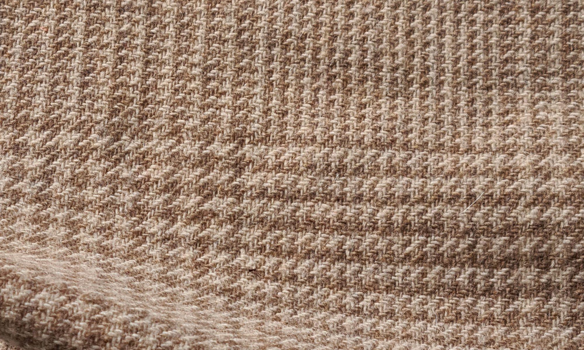 7587 tartan glen plaid brown jacket fabric WIDTH cm150 WEIGHT gr390 - gr260 square meter - COMPOSITION 70 wool 20 polyammide 10 cashmere - 350mts